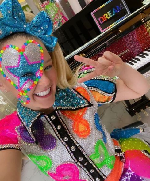 Jojo Siwa Profile| Contact Details (Phone Number, House Address, Email ID)