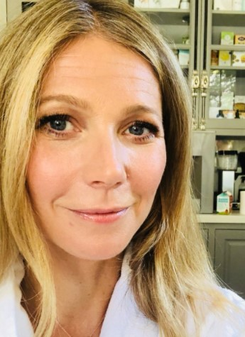 Gwyneth Paltrow Phone number, Email Id, Instagram, Tiktok, and Contact Details