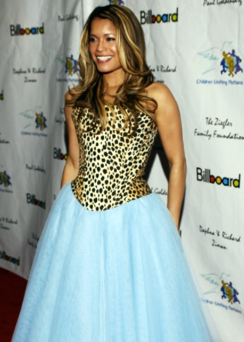 Blu Cantrell Phone number and Contact Details