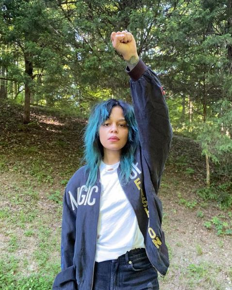Fefe Dobson Phone Number ,Email id ,Instagaram, Tiktok and Contact number