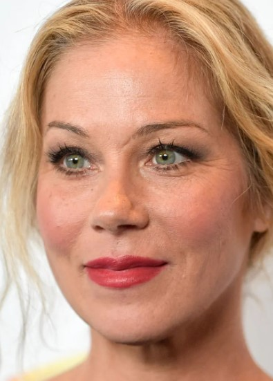 Christina Applegate Phone number, Email Id, Instagram, Tiktok, and Contact Details