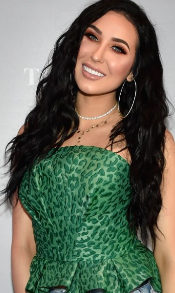 Jaclyn Hill Phone number, and Contact Details