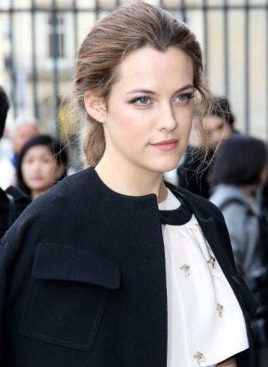 Riley Keough Phone number, Email Id, Instagram, Tiktok, and Contact Details