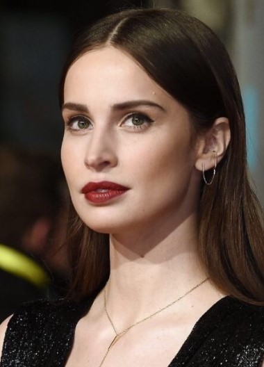Heida Reed Phone number, Email Id, Instagram, Tiktok, and Contact Details