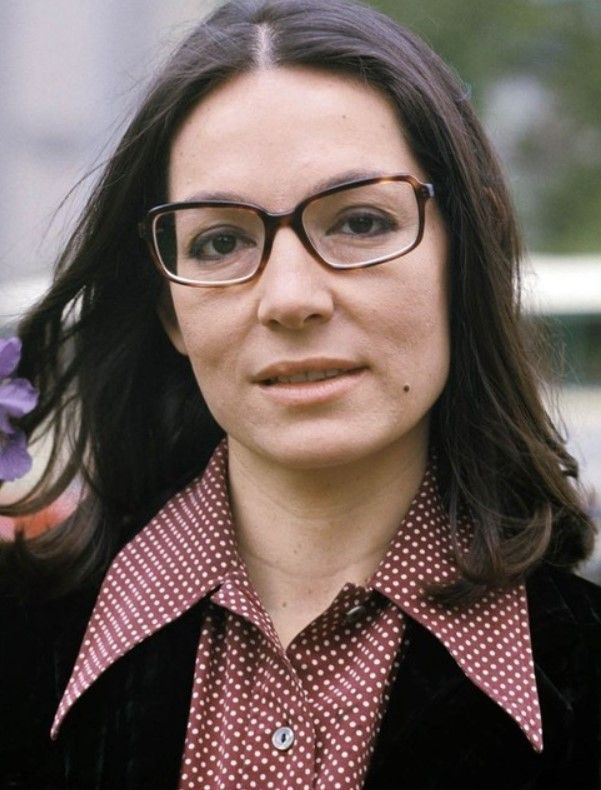 Nana Mouskouri Phone number, Email Id, Instagram, Tiktok, and Contact Details