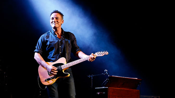 Bruce Springsteen Phone number, Email Id, Fanmail, Instagram, Tiktok, and Contact Details