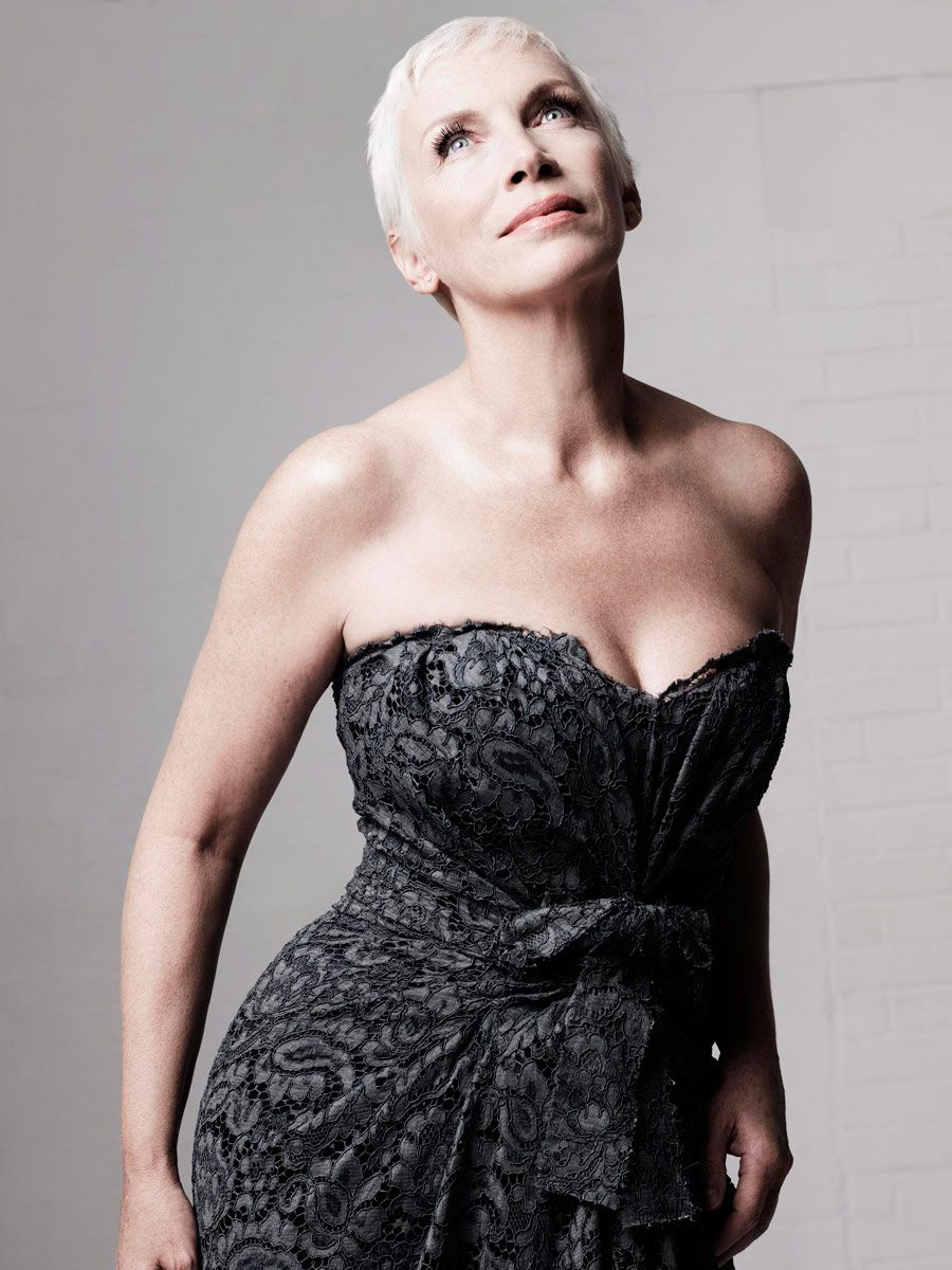 Annie Lennox Phone number, Email Id, Fanmail, Instagram, Tiktok, and Contact Details