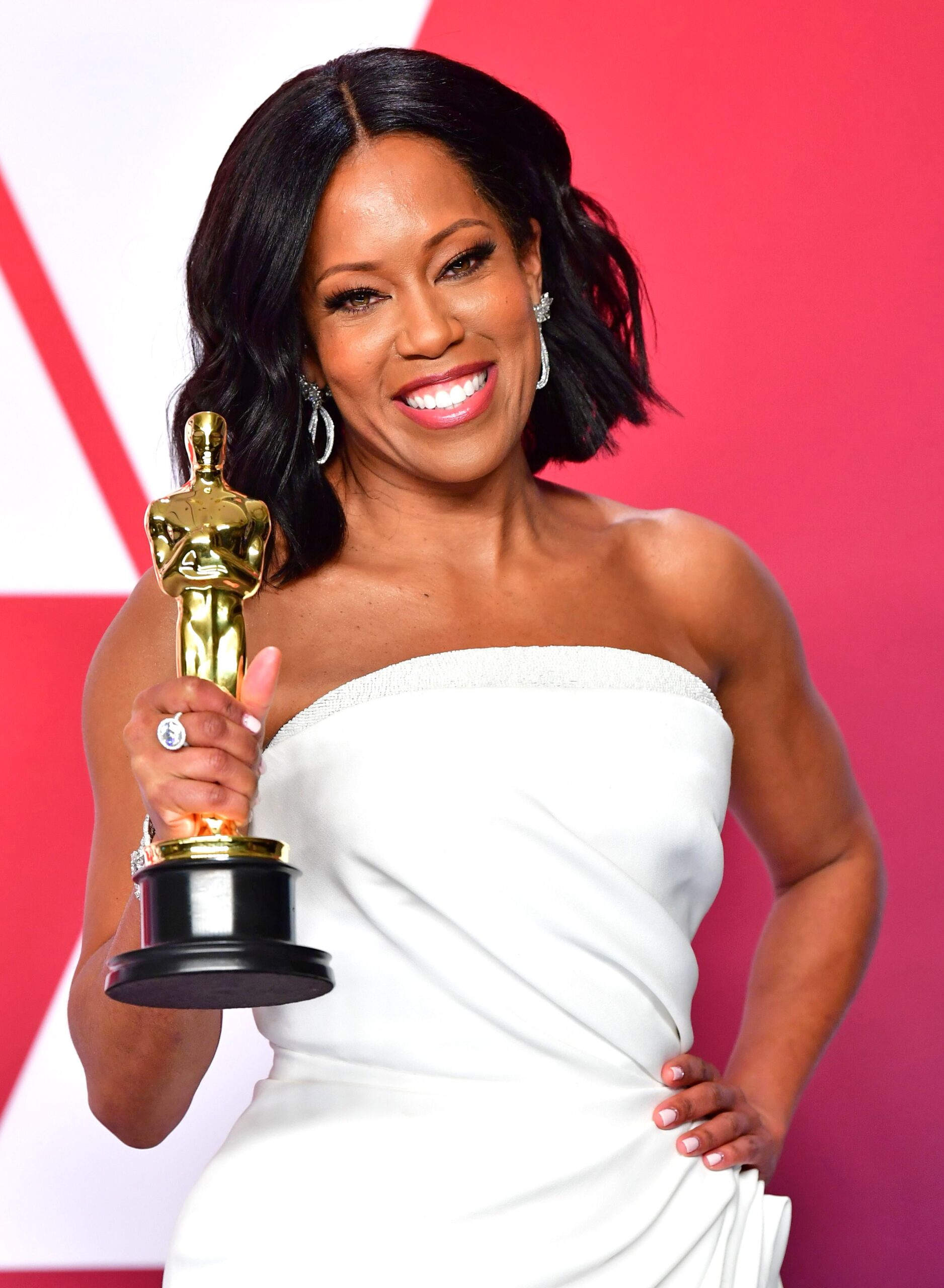 Regina King Phone number, Email Id, Fanmail, Instagram, Tiktok, and Contact Details