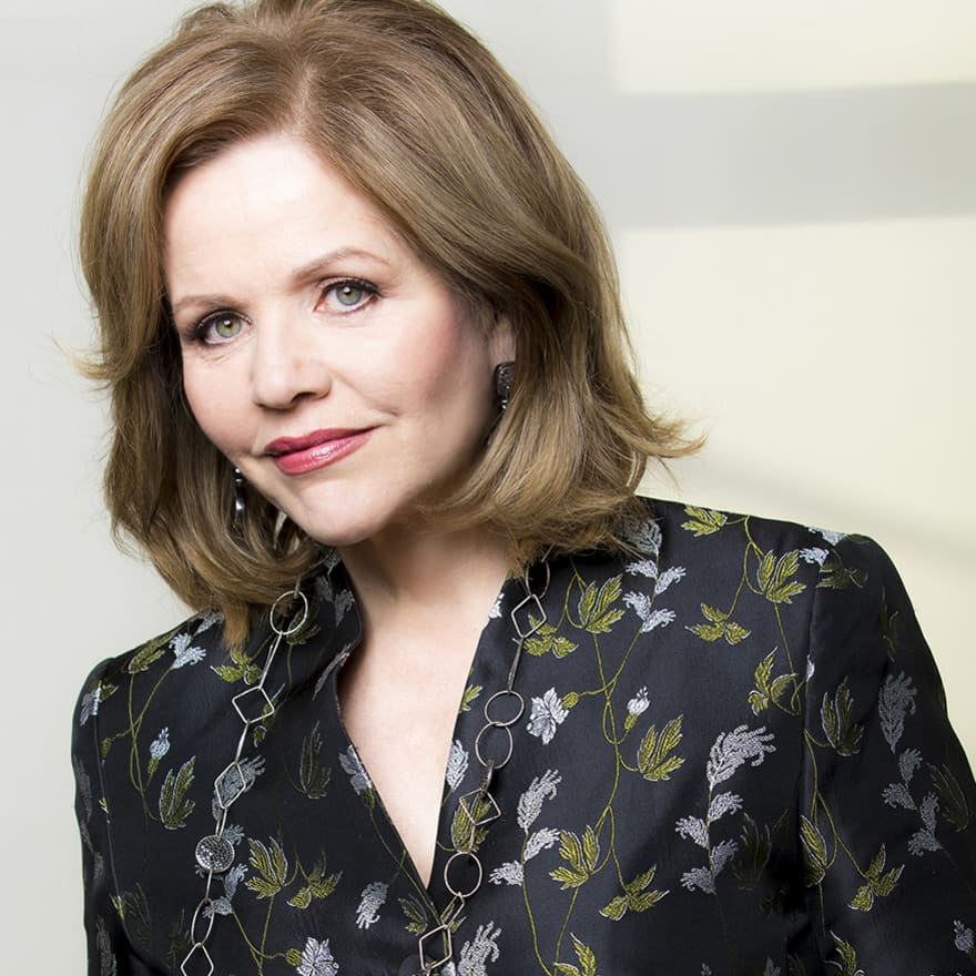 Renée Fleming Phone number, Email Id, Fanmail, Instagram, Tiktok, and Contact Details