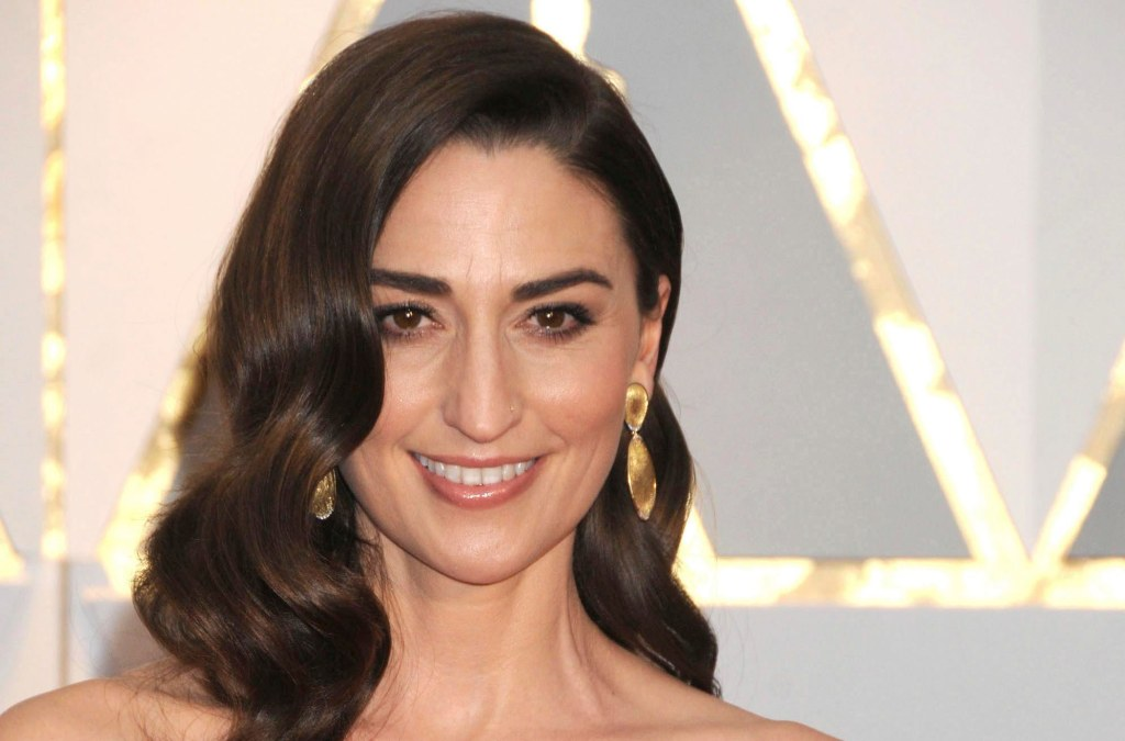 Sara Bareilles Phone number, Email Id, Fanmail, Instagram, Tiktok, and Contact Details