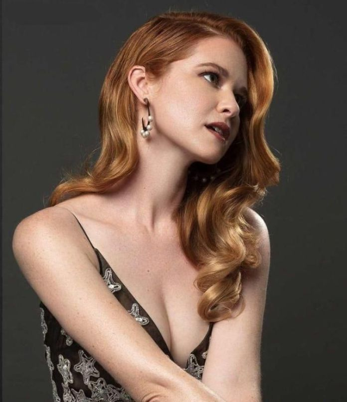 Sarah Drew Phone number, Email Id, Fanmail, Instagram, Tiktok, and Contact Details